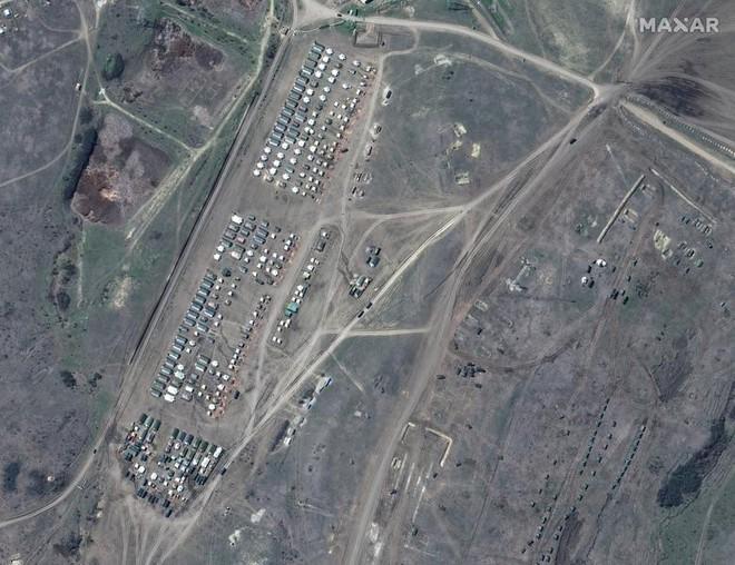 Lực lượng Nga hùng hậu sẵn sàng dọc biên giới Ukraine - Ảnh 7.
