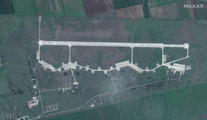 Lực lượng Nga hùng hậu sẵn sàng dọc biên giới Ukraine - Ảnh 9.