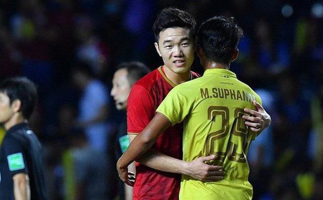 """Sao Thái từng """"chém gió"""" thắng đậm Việt Nam lại lớn tiếng đòi vượt thầy trò ông Park"""