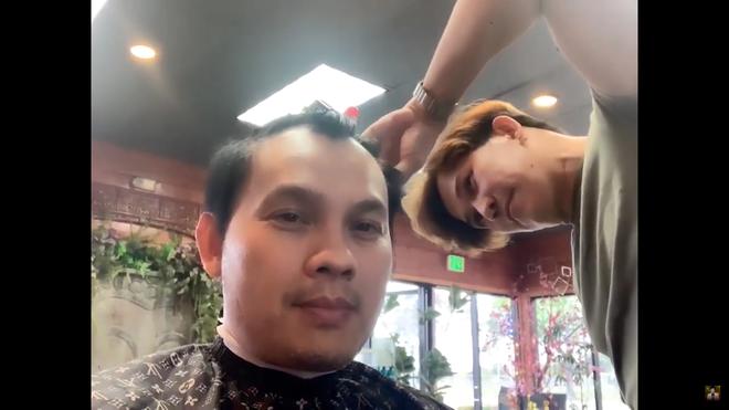 """""""Quách Phú Thành"""" Việt Nam: 52 tuổi vẫn độc thân, bỏ hát đi cắt tóc tại Mỹ - Ảnh 5."""