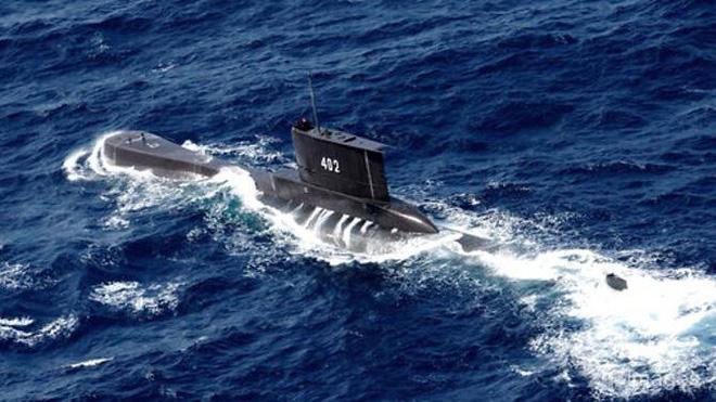 Thông tin mới nhất vụ tàu ngầm Indonesia mất tích - Bị tấn công tên lửa, Israel không kích dữ dội đáp trả Syria, đã có thương vong - Ảnh 1.