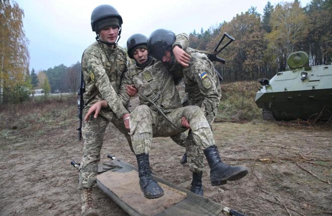 Chuyên gia: Mỹ cần làm ngay những điều này để ngăn Cuộc chiến Ukraine của ông Putin! - Ảnh 2.