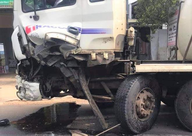 Tai nạn liên hoàn, 3 người bị thương, Quốc lộ 20 ách tắc nhiều giờ - Ảnh 3.