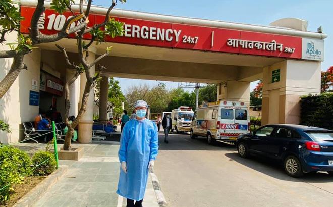 Đại sứ Phạm Sanh Châu: Thương quá Ấn Độ ơi! Đến lò thiêu cũng quá tải, phải mang xác ra vườn đốt