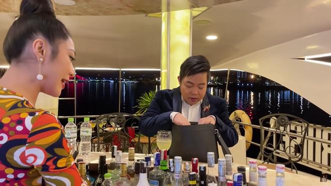 Quang Lê vô tình để lộ giá cát xê đi hát tại Mỹ, thấp hơn ở Việt Nam - Ảnh 3.