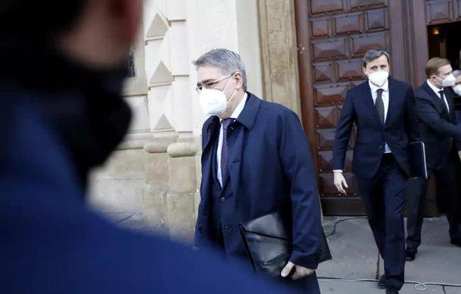 CH Czech tiếp tục trục xuất hàng chục nhân viên ngoại giao Nga - ảnh 1