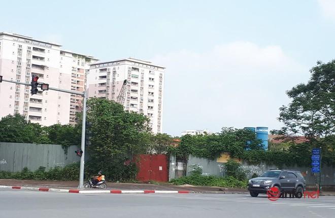 Sắp hết gia hạn, dự án ôm đất vàng của Công ty Long Giang vẫn um tùm cỏ giữa Hà Nội, liệu có bị thu hồi? - Ảnh 1.