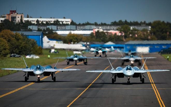 Tiêm kích Su-57 và T-14 Armata Nga sẽ không thể tham chiến phòng thủ Crimea: Khó tin? - Ảnh 6.