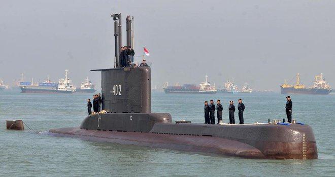 Phát hiện vật thể chưa xác định nghi là tàu ngầm Indonesia - BTQP Nga Shoigu bất ngờ ra tuyên bố về cụm quân gần Ukraine - Ảnh 2.