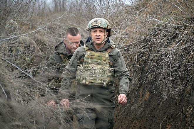 Phát hiện vật thể chưa xác định nghi là tàu ngầm Indonesia - Dân quân Donbass kêu gọi TT Ukraine đừng trốn trong bụi rậm - Ảnh 2.