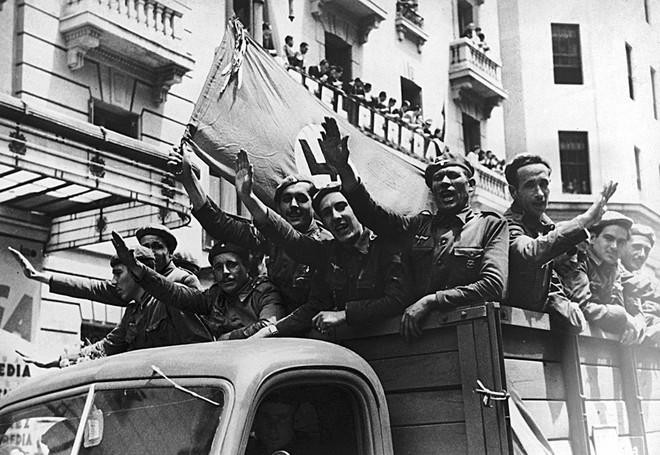 Kề vai Hitler chống lại Hồng quân ở Thế chiến II: Nhìn sâu vào động cơ mỗi nước chọn chiến đấu - Ảnh 14.