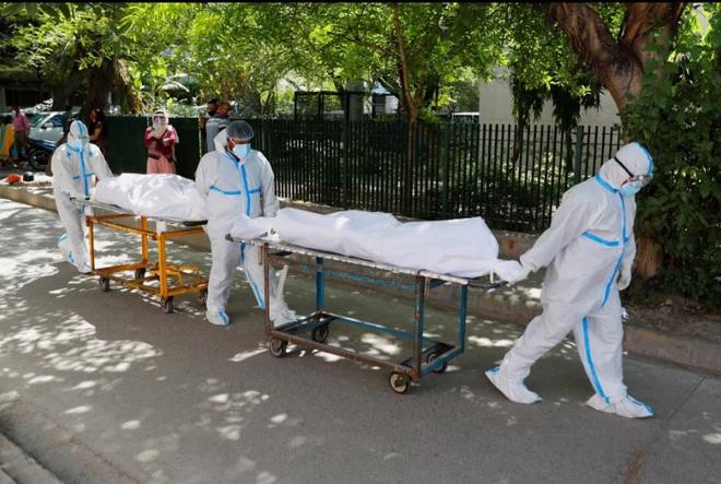 Ấn Độ gửi cảnh báo 'lạnh gáy', dọa treo cổ những 'kẻ cướp' bình oxy - Ảnh 2.