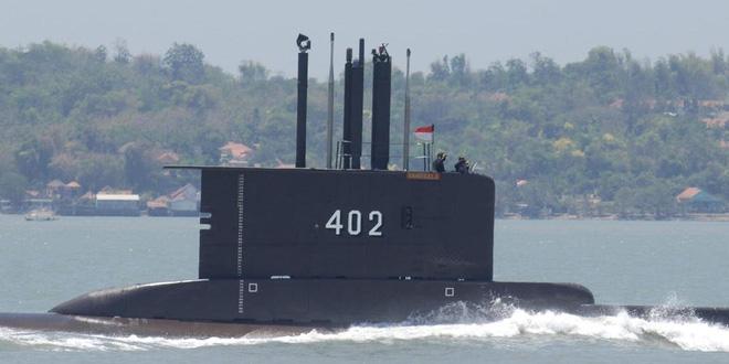 3 tàu Iran bao vây, uy hiếp 2 tàu chiến Mỹ: Tình huống khẩn cấp - Tiết lộ thông tin mới nhất vụ chìm tàu ngầm Indonesia - Ảnh 1.