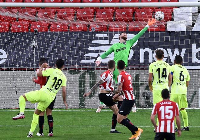 Ath.Bilbao 2-1 Atl.Madrid: Trao cờ cho Barcelona - Ảnh 2.