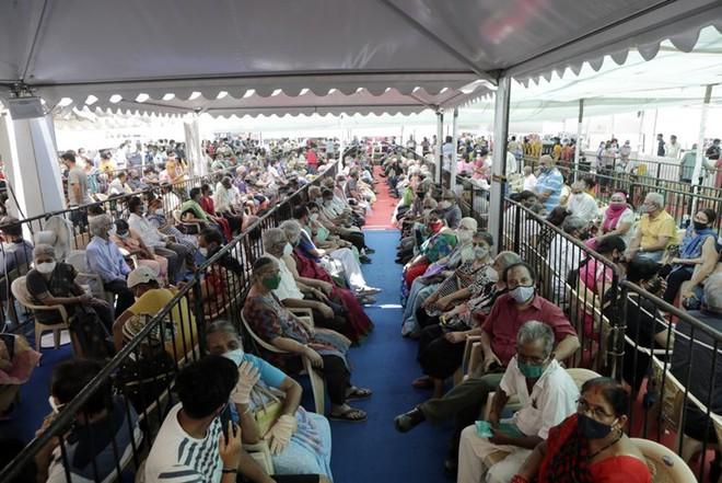 Ám ảnh dịch Covid-19 ở Ấn Độ: Bác sĩ người Việt cảnh báo nguy cơ lây lan dịch bệnh trong dịp nghỉ lễ - Ảnh 1.