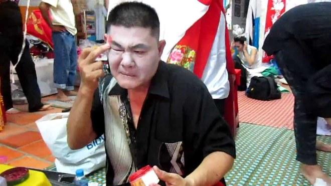 Em trai cố NSND Thanh Tòng: Đang diễn tự nhiên bị xây xẩm mặt mày, suýt đột quỵ - Ảnh 3.