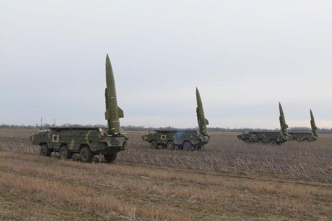 Ukraine làm liều, đưa tên lửa đạn đạo áp sát bán đảo Crimea: Nga liên tục bị thách thức - Ảnh 1.