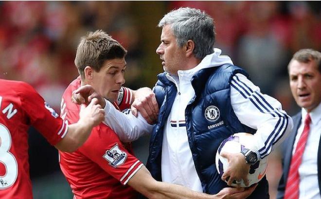 Mourinho xát muối vào nỗi đau của Steven Gerrard