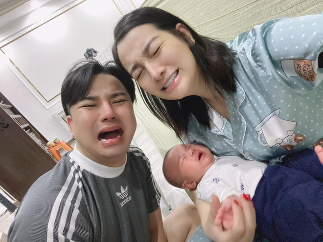 Hữu Công xót xa nói về vợ: Em phải chịu 300 mũi tiêm trong suốt thai kỳ để giữ được con, bụng đã thâm tím, chai lì - Ảnh 2.