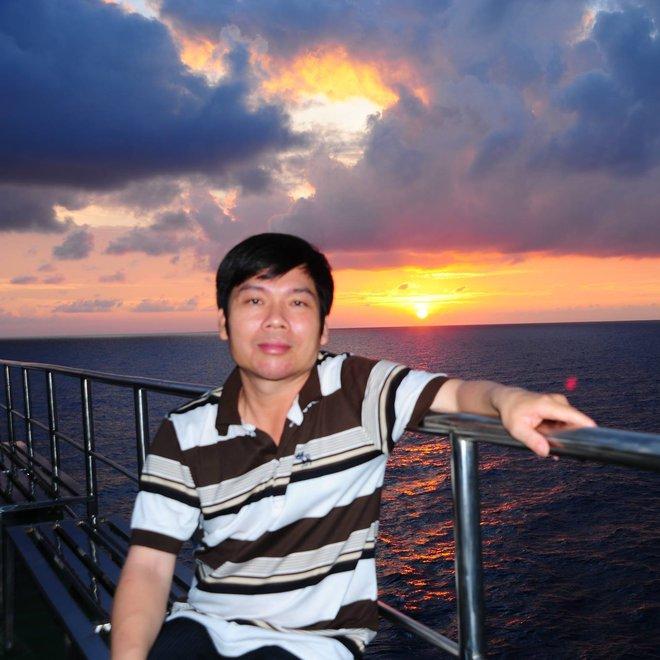 Khởi tố, bắt tạm giam phóng viên Nguyễn Hoài Nam - Ảnh 1.