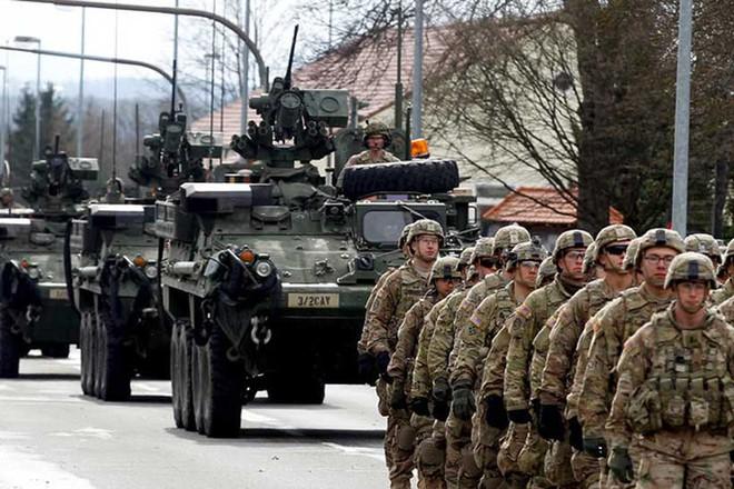 Cuộc chiến ở Crimea sẽ đặt dấu chấm hết cho người Nga, 37.000 quân NATO bắt đầu hành động - Ảnh 1.