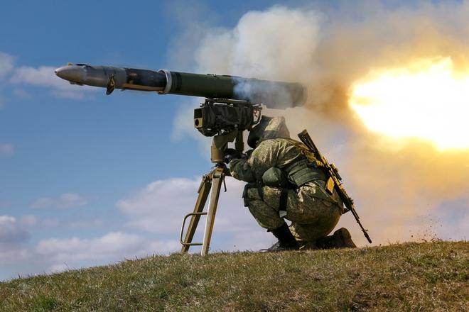 Hàng đoàn trực thăng QS Nga áp sát biên giới Ukraine - Kiev dùng mọi hỏa lực trong tay tấn công Donbass? - Ảnh 1.