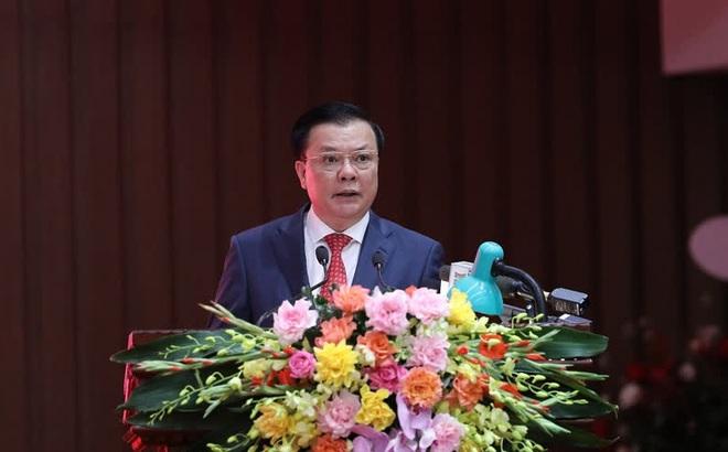 Trao quyết định phân công Bí thư thành ủy Hà Nội cho ông Đinh Tiến Dũng