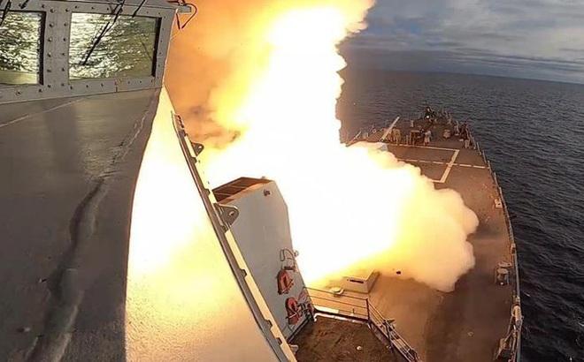 Mỹ vừa giả lập một cuộc tấn công tàu chiến Trung Quốc như thế nào?