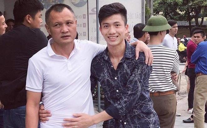 Phan Văn Đức nặng lòng khi chia tay HLV Ngô Quang Trường: Thương thầy!