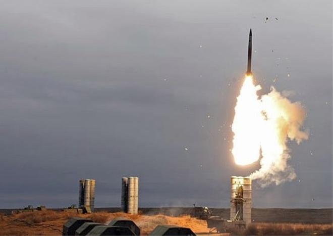 5 vũ khí Nga sẽ tàn phá Ukraine nếu chiến tranh xảy ra ở Donbass - Ảnh 1.