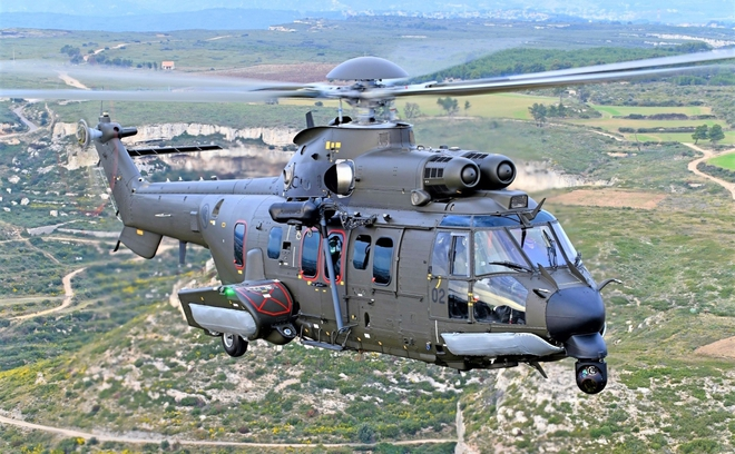 Khám phá trực thăng H225M Singapore mới tậu từ châu Âu - Ảnh 2.