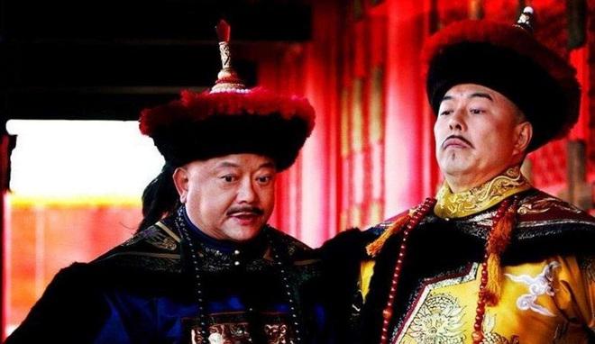 Ai dám mặc long bào của Hoàng đế Càn Long mà không bị xử tử? - Ảnh 1.