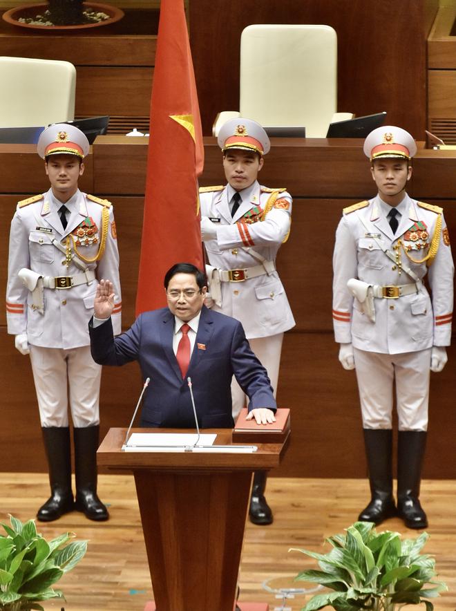 Ông Phạm Minh Chính được bầu làm Thủ tướng Chính phủ, tuyên thệ nhậm chức - Ảnh 2.