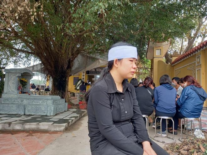 Vụ nữ lao công bị sát hại ở đường Cầu Giấy: Sao người ta nỡ đánh chết dì đau đớn vậy - Ảnh 3.