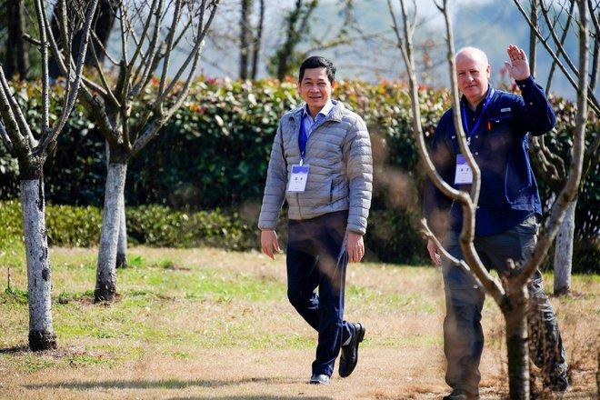 Chuyên gia Việt trong nhóm điều tra COVID-19 tại Trung Quốc chia sẻ manh mối nghiên cứu mới - Ảnh 1.