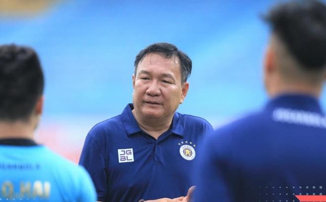 HLV Hoàng Văn Phúc đặt mục tiêu vô địch cùng CLB Hà Nội