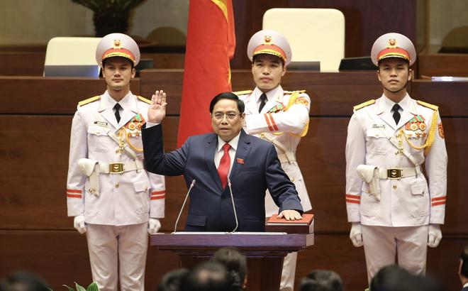 Ông Phạm Minh Chính được bầu làm Thủ tướng Chính phủ, tuyên thệ nhậm chức