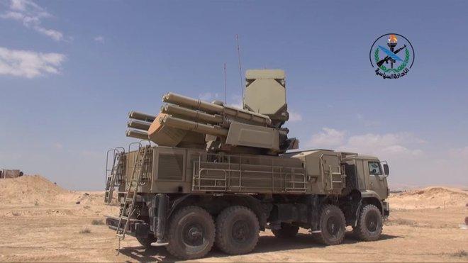 UAV Thổ Nhĩ Kỳ trong tầm ngắm, Quân đội Syria không dọa suông: Được lệnh bắn không cần hỏi - Ảnh 1.