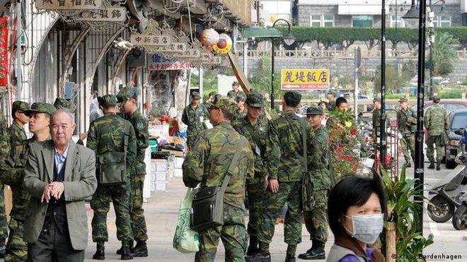 Báo Đức: Lực lượng phòng vệ Đài Loan chỉ là cái vỏ rỗng, khó lòng tự vệ nếu Trung Quốc tấn công? - Ảnh 2.