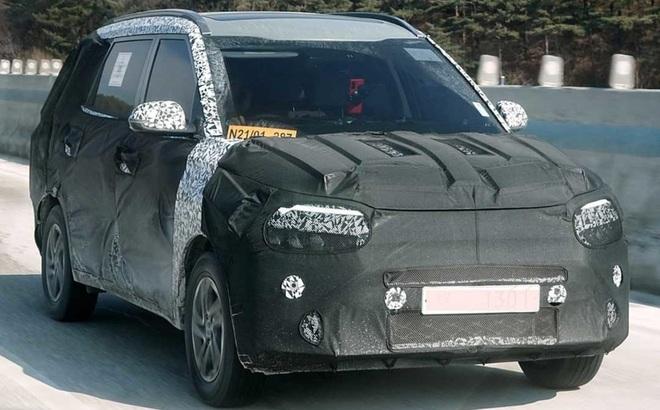 """Lộ diện mẫu xe mới của Kia, """"đấu"""" với Mitsubishi Xpander, giá khoảng 346 triệu đồng"""
