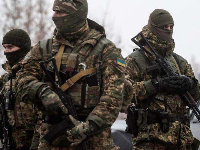 Nga ồ ạt triển khai lực lượng, chiến tranh với Ukraine cận kề: Động lực nào hóa giải? - Ảnh 1.