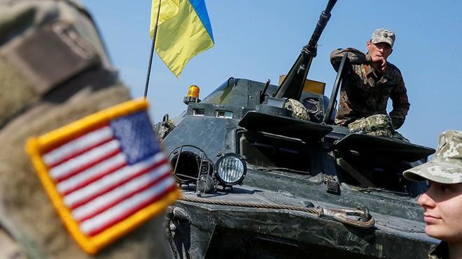Càng cố giãy giụa, cầu cứu NATO, vòng vây của Nga quanh Ukraine càng siết chặt: Vì sao? - Ảnh 2.