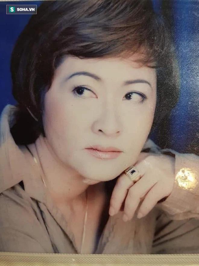 Đạo diễn, NSƯT Hoa Hạ thời trẻ. (ảnh trong bài do NVCC)