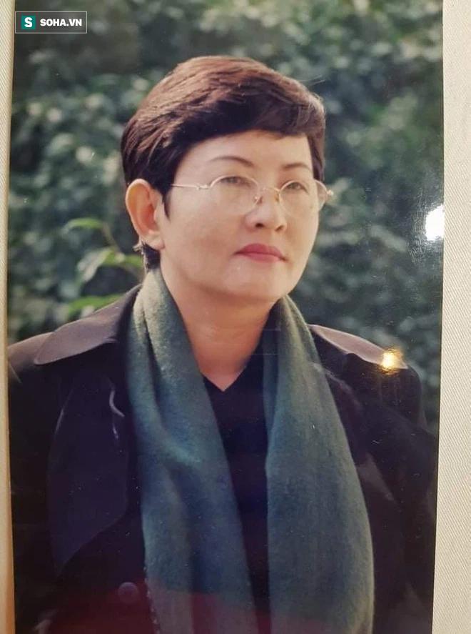 Nữ đại gia ngầm của giới cải lương: Chửi thẳng mặt ngôi sao, đến Hồng Vân cũng phải khóc - Ảnh 2.