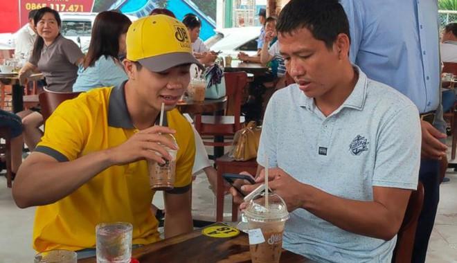 Cầu thủ Việt đá chéo sân thành các Chủ tịch mới trên thương trường - Ảnh 6.
