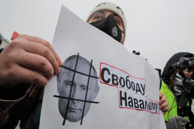 Chuyên gia: Mỹ đã bật đèn xanh, ông Putin sẽ nối Donbass với Crimea bất chấp QĐ Ukraine? - Ảnh 5.