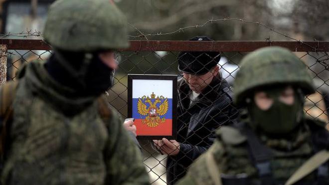 Càng cố giãy giụa, cầu cứu NATO, vòng vây của Nga quanh Ukraine càng siết chặt: Vì sao? - Ảnh 3.