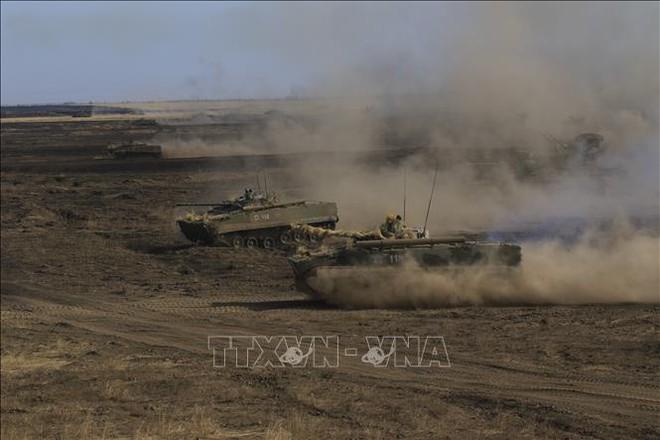 Đại tướng Shoigu ra lệnh QĐ Nga sẵn sàng chiến đấu, Tổng thống Ukraine lập tức cầu cứu NATO - Ông Putin sắp có bài phát biểu quan trọng - Ảnh 1.