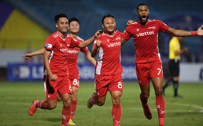 """Tung đòn """"sát thủ"""", học trò cưng thầy Park khiến CLB Hà Nội đổ sụp trong trận đấu """"2 thẻ đỏ"""""""