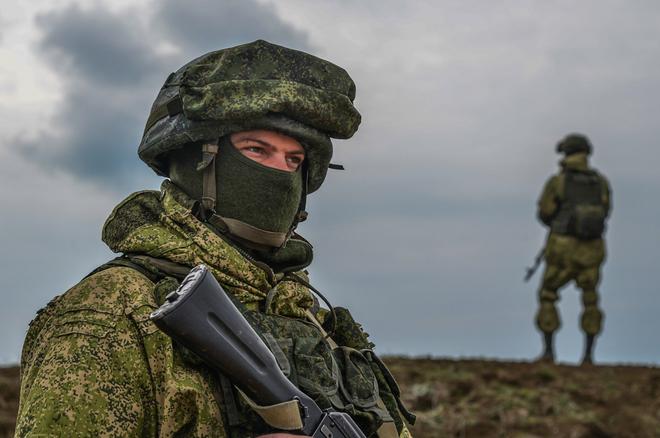 Chuyên gia: Mỹ đã bật đèn xanh, ông Putin sẽ nối Donbass với Crimea bất chấp QĐ Ukraine? - Ảnh 4.